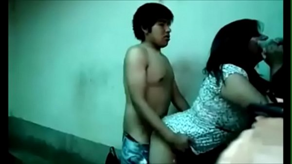 Peruvian Chick Boned By Way Of A Youthful Stud – Pinguino69