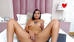 Ideal Latina Vibes Her Twinkle Cave With Thumbs And Fuck Stick
